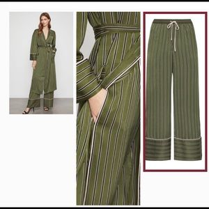 BCBG MaxAZRIA Pants Size XXS